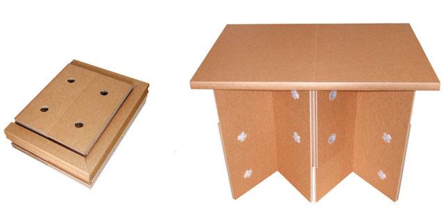 強化ダンボール製折り畳みテーブル