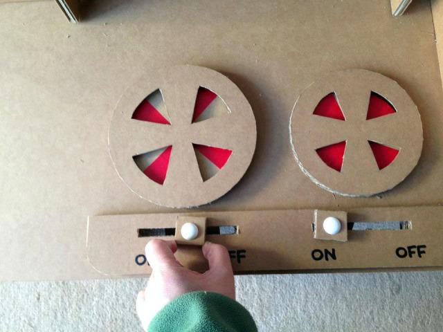 強化ダンボール製キッチン